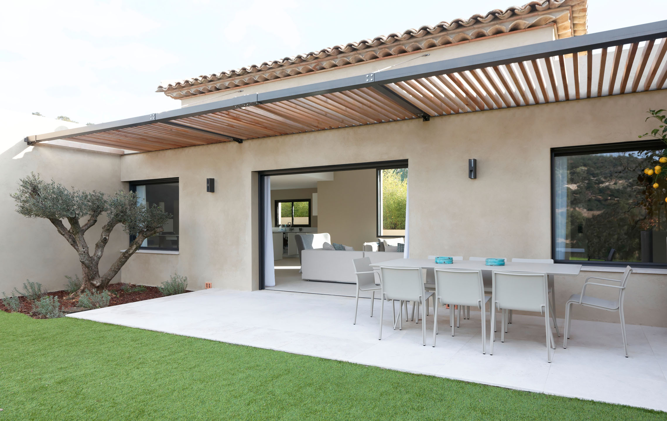 Rafflin alu pvc construction neuve maison for Fenetre de maison