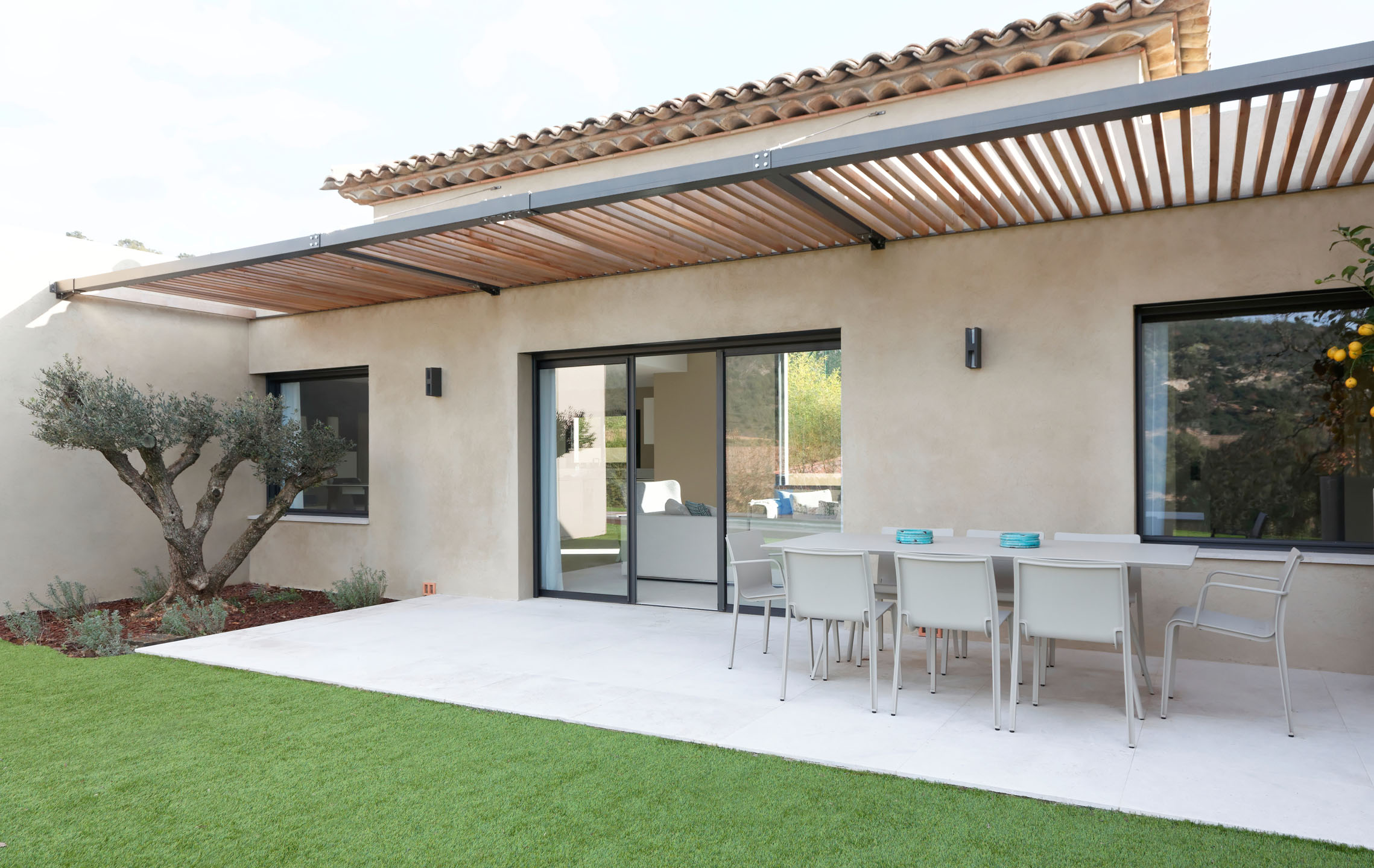 Rafflin alu pvc construction neuve maison contemporaine rafflin alu pvc for Construction neuve